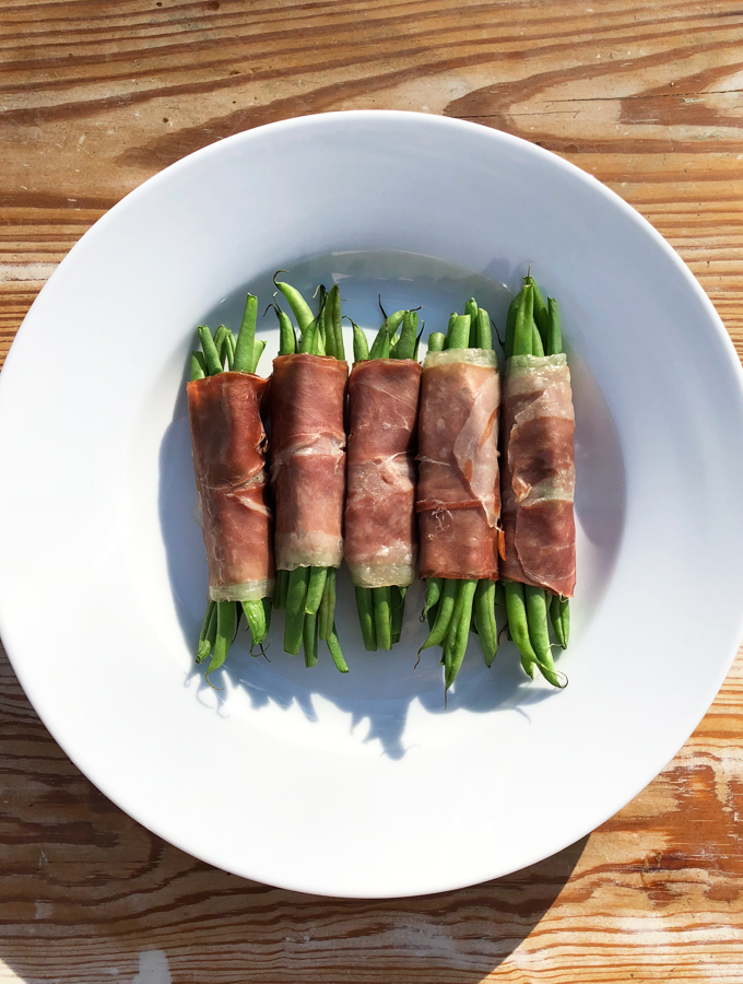 Prosciutto-Wrapped Green Beans: A Step-by-Step Guide