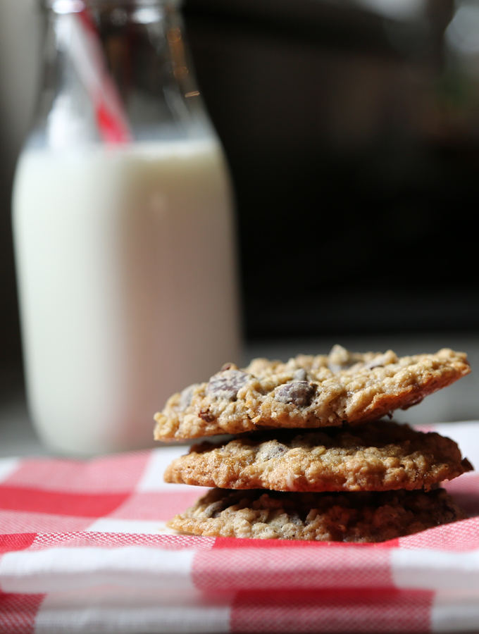 The Oatmeal Chocolate Chip Cookies Of Your Dreams